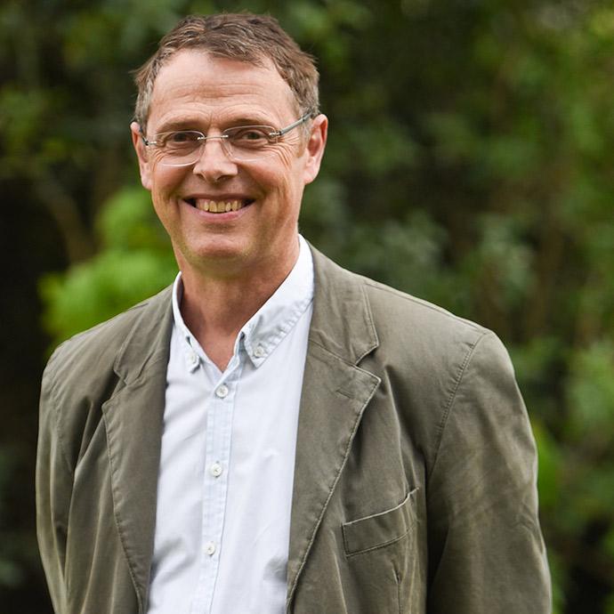 Dr Crispin Dunn