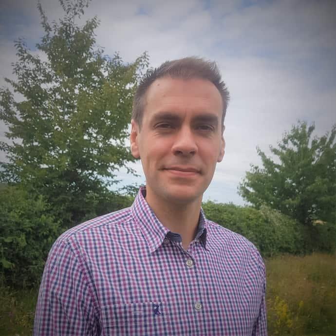 Dr Peter Smye